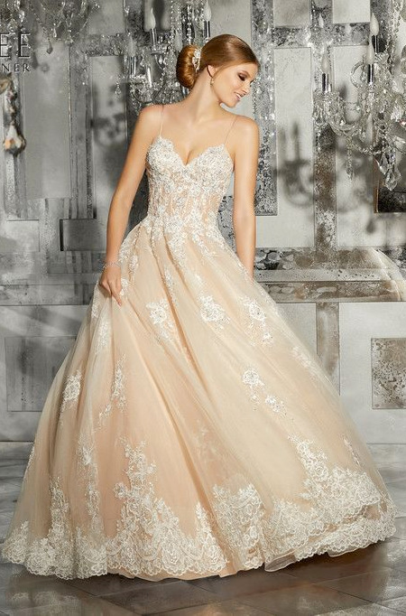Lady Di Mori Lee